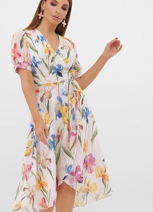 Нарядное платье с ирисами
