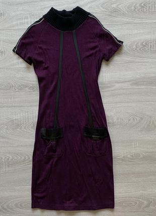 Бордовое платье roccobarocco с кожаными вставками на рукаве и карманах
