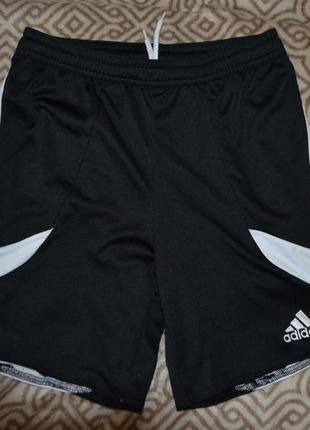 Спортивные шорты adidas оригинал на 10 лет рост 140