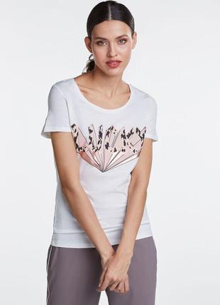 Белая базовая футболка oui с 3d принтом  lucky