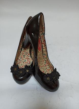 Туфли чорные.брендовая обувь stock