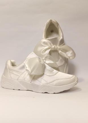 Белые кроссовки с бантом с бантиком демисезон женские деми код 339