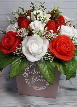 Букет цветов из мыла. ароматическая композиция. розы.