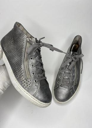 Кроссовки кеды серого цвета натуральная кожа
