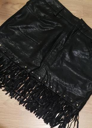 Крутая юбка с шипами и бахромой новая с биркой эко кожа демисезон