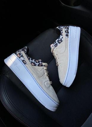 Невероятно крутые женские кроссовки   nike air force low sage platform beige