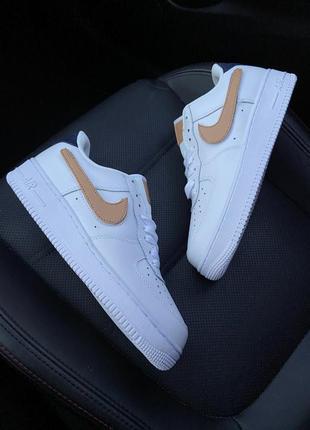 """Невероятные женские кроссовки белые nike air force 1 '07 lv8 3 """"removable swoosh"""""""