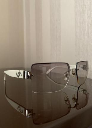 Очки солнцезащитные оригинал chanel