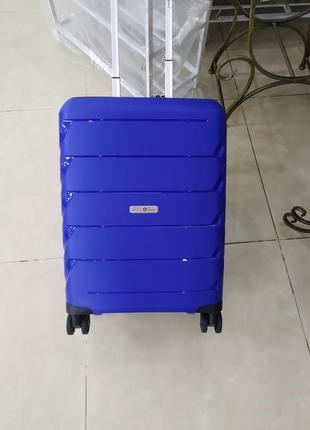 Ручная кладь,маленький чемодан премиум класс snowball