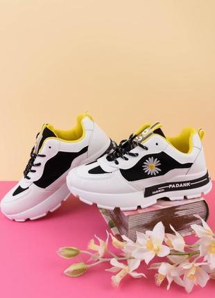 Стильные женские кроссовки на платформе кроссы массивные кроссы деми