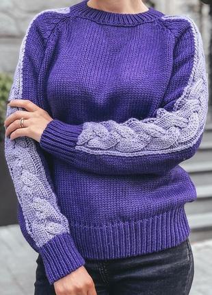 Модный и стильный тёплый свитер