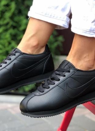 В наличии! популярные кроссовки nike!