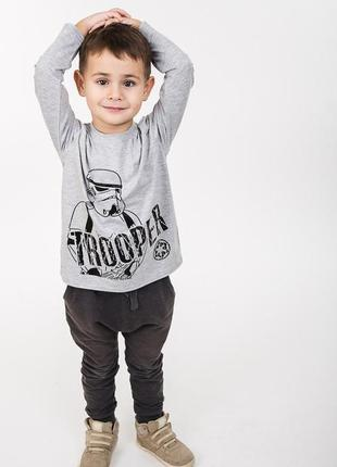 Детский лонгслив с изображением штурмовика