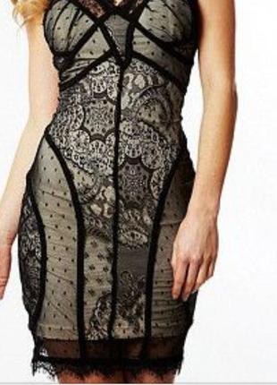 Вечерние платье черный гипюр на бежевой подкладке