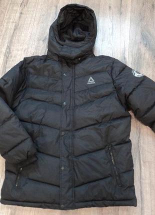 Куртка reebok    размер  l  xl     оригинал