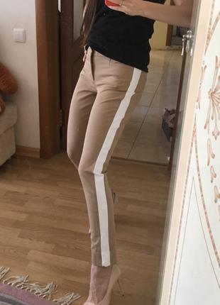 Новые с биркой стильные брюки banana republic