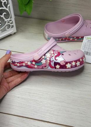 Детские кроксы для девочек с единорогом kids' crocs fun lab unicorn band lights clog