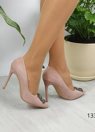 Туфли лодочки на шпильке цвета пудра
