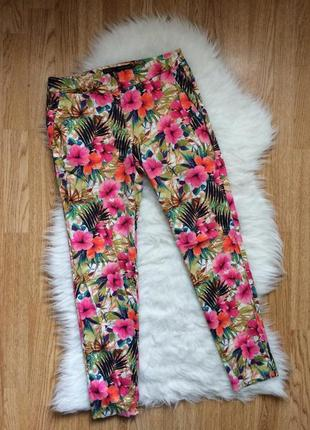 Яркие брючки в цветочный принт,лёгкие летние брюки, штаны с цветами zara зара