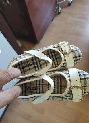 Туфельки, балетки, сандали