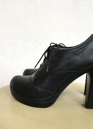 Черевички туфлі шкіра на шнурівки