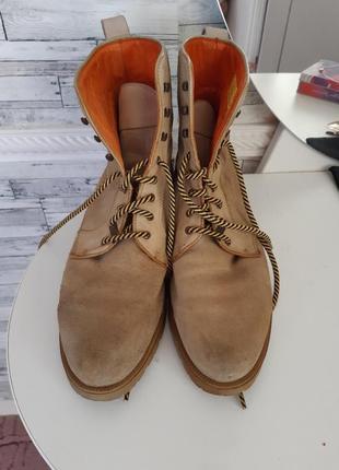 Грубые ботинки берцы на шнуровке
