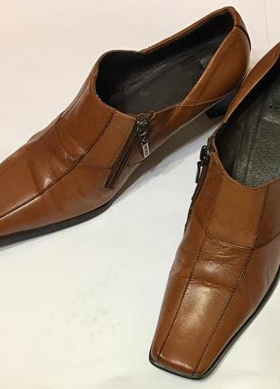 Стильные кожаные туфли ботильоны mexx