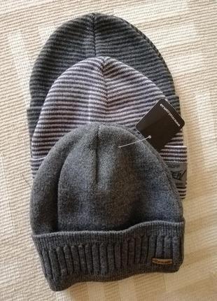 Чоловічі подвійні шапки