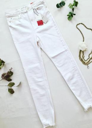 Джинсы скинни белые с высокой талией stradivarius