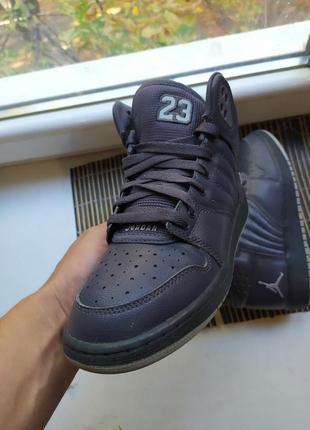 Кожаные кроссовки jordan 1 flight premium
