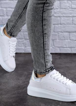 Женские кроссовки, кеды, криперы3 фото