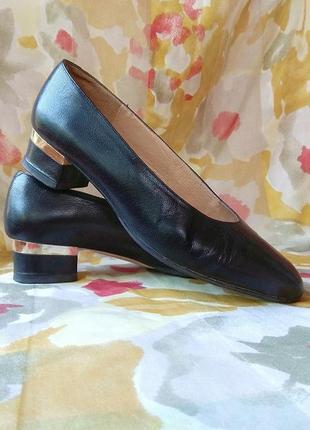 Туфли из натуральной кожи, италия2 фото
