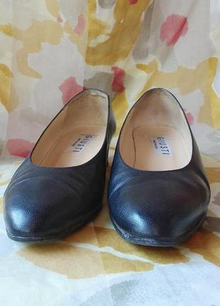 Туфли из натуральной кожи, италия3 фото