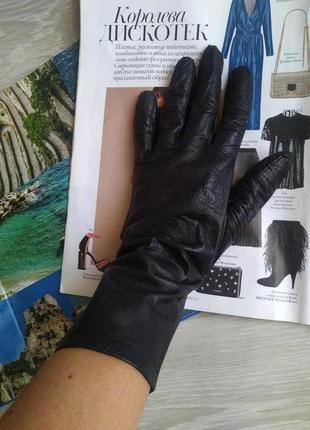 Черные кожаные перчатки1 фото
