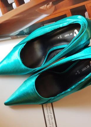 Стильные туфли лодочки с атласной драпировкой роскошного цвета в стиле zara!3 фото