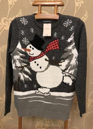 Нереально крутой брендовый вязаный свитер со снеговиком.1 фото