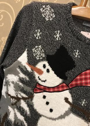 Нереально крутой брендовый вязаный свитер со снеговиком.4 фото