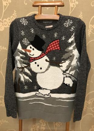Нереально крутой брендовый вязаный свитер со снеговиком.6 фото