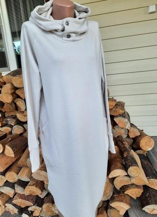 Классное теплое платье с капюшеном2 фото