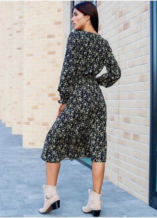 Ніжне плаття міді квітковий принт2 фото