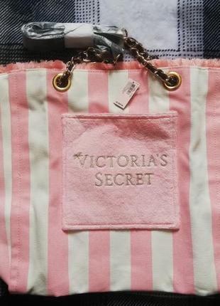 Вместительная пляжная городская сумка в полоску victoria's victorias secret4 фото