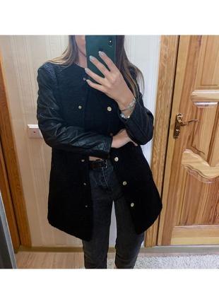 Пальто с кожаными рукавами1 фото