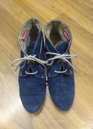 Tamaris синие демисезонные замшевые ботинки на танкетке 41 размер2 фото