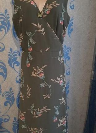 Бомбезное платье на запах1 фото