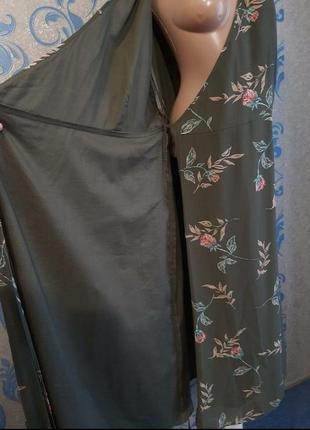 Бомбезное платье на запах3 фото