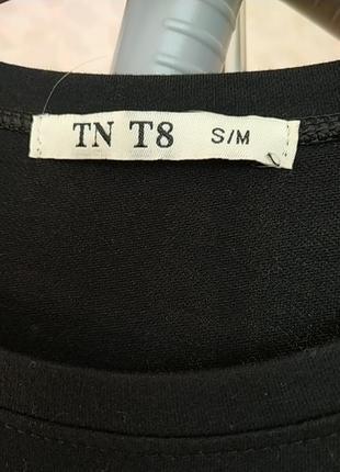 Платье черное трикотаж приталенное3 фото