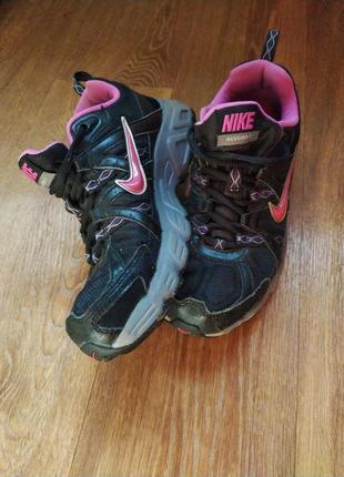 Nike! кроссовки 25 см4 фото