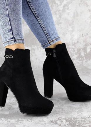 Черные женские ботинки на каблуке, эко-замша