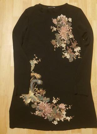 Платье с вышивкой.4 фото