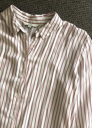 Красивая рубашка в полосочку с рюшами